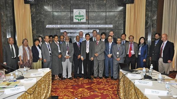 The 1st APAARI Executive Committee Meeting in 2015 held in Bangkok